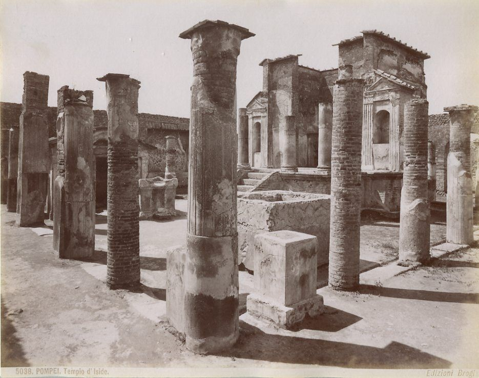 The Temple of Isis at Pompeii as it appears nowadays (courtesy of wikipedia).